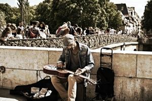 Guitarist at Notre Dame